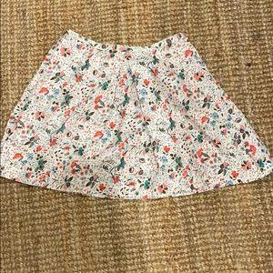Floral gap skirt